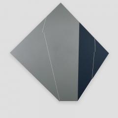 broken promise 4A356G  /  2018 - 104x104x2cm - acrylic, canvas, wood